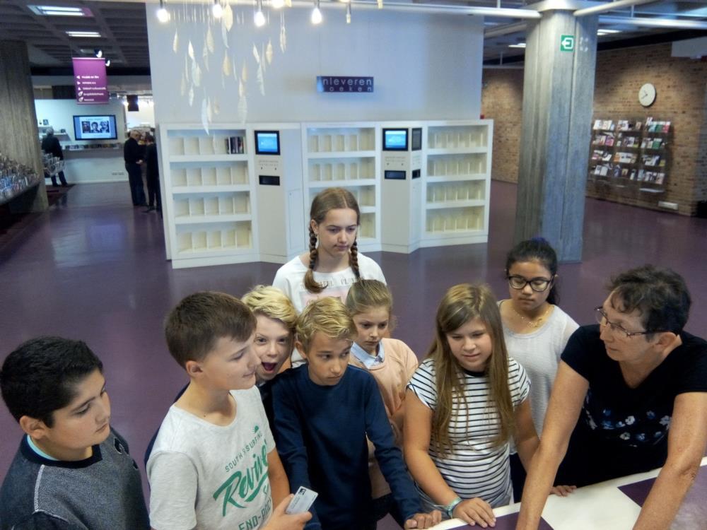 Bezoek aan de bibliotheek