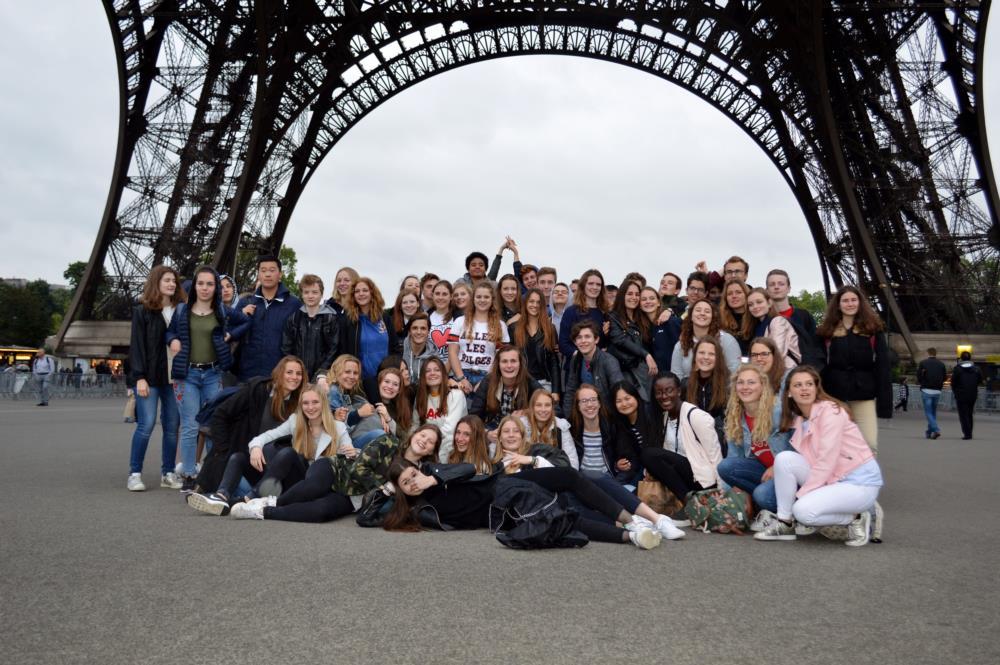 Away day - Vijfdes - Parijs