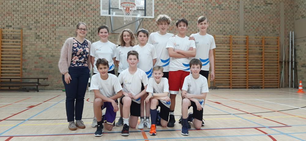 Klassencompetitie basketbal voor de leerlingen van het 2de jaar