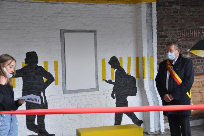 Opening Rode Neuzen Muur